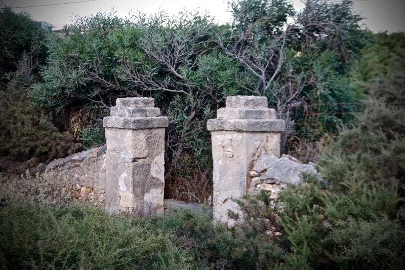 Ex cimitero italiano a Karpathos