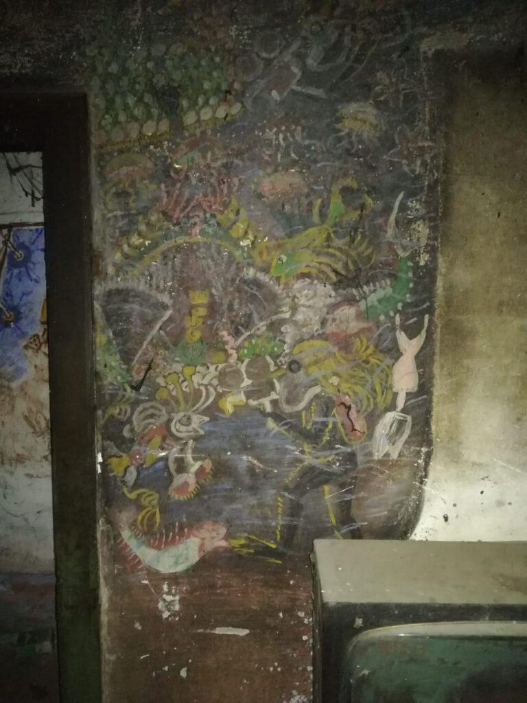 dipinti all'interno