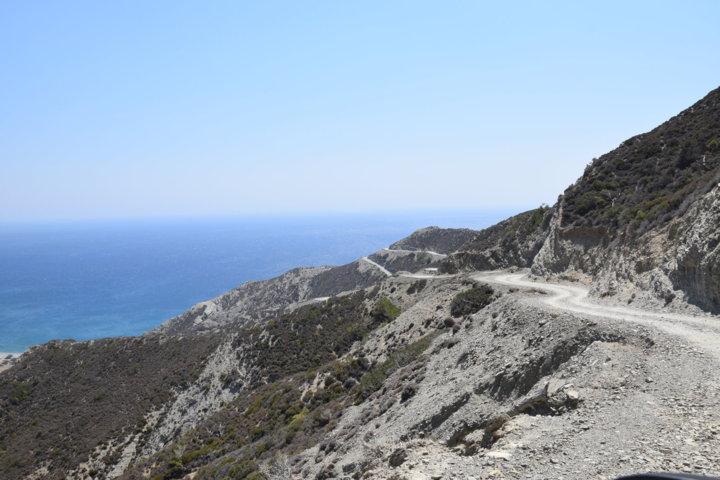 la strada per Agios Minas