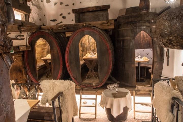 ristoranti particolari Trentino Alto Adige Pizzeria-Ristorante-Torgglkeller-22